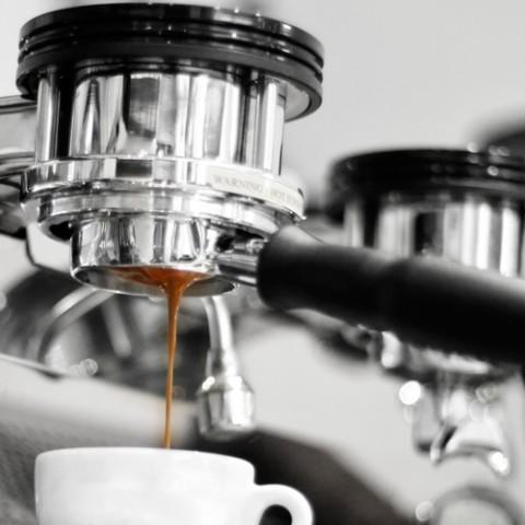 Preventative maintenance of professional 1 group coffee machine